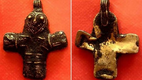 10th century crucifix found in Denmark