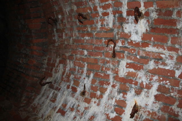 Unknown tunnel found near a castle in Poland