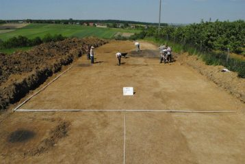 Archaeologist unearth the oldest Bronze Age fortified settlement in Poland