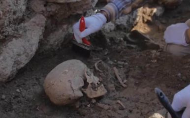 Alacahöyük excavations reveal the first Hittite skeleton in central Turkey