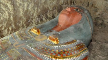 Discovery of a well-preserved Egyptian sarcophagus