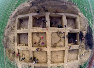 Excavations of a 2500-year-old city in China