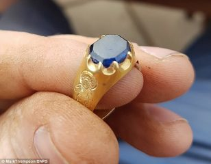 Golden Medieval ring found in Sherwood Forest