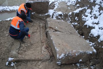 Roman tombs found during construction works