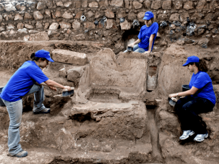 Hellenistic Period wine press discovered in Ashkelon
