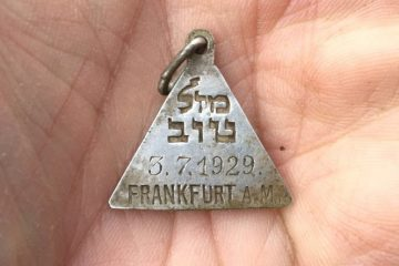 Follow-up to the pendant found at Sobibór concentration camp