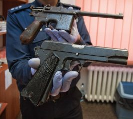 Two World War II guns found by construction workers