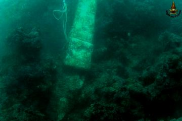 Roman artefacts found by divers off Tuscan coast