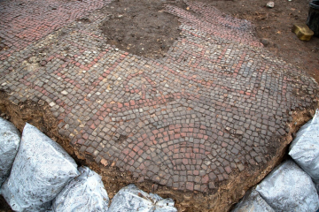 Roman-Era mosaic and structures found in city centre