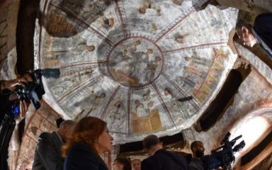 1600-year-old Christian frescoes in Rome's catacombs uncovered