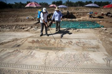 Large ancient mosaic unearthed on Cyprus