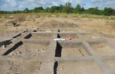 Neolithic settlement with a long house unearthed