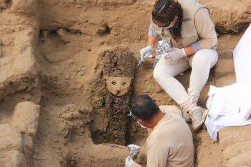 Wooden sculptures unearthed at a pre-Columbian city
